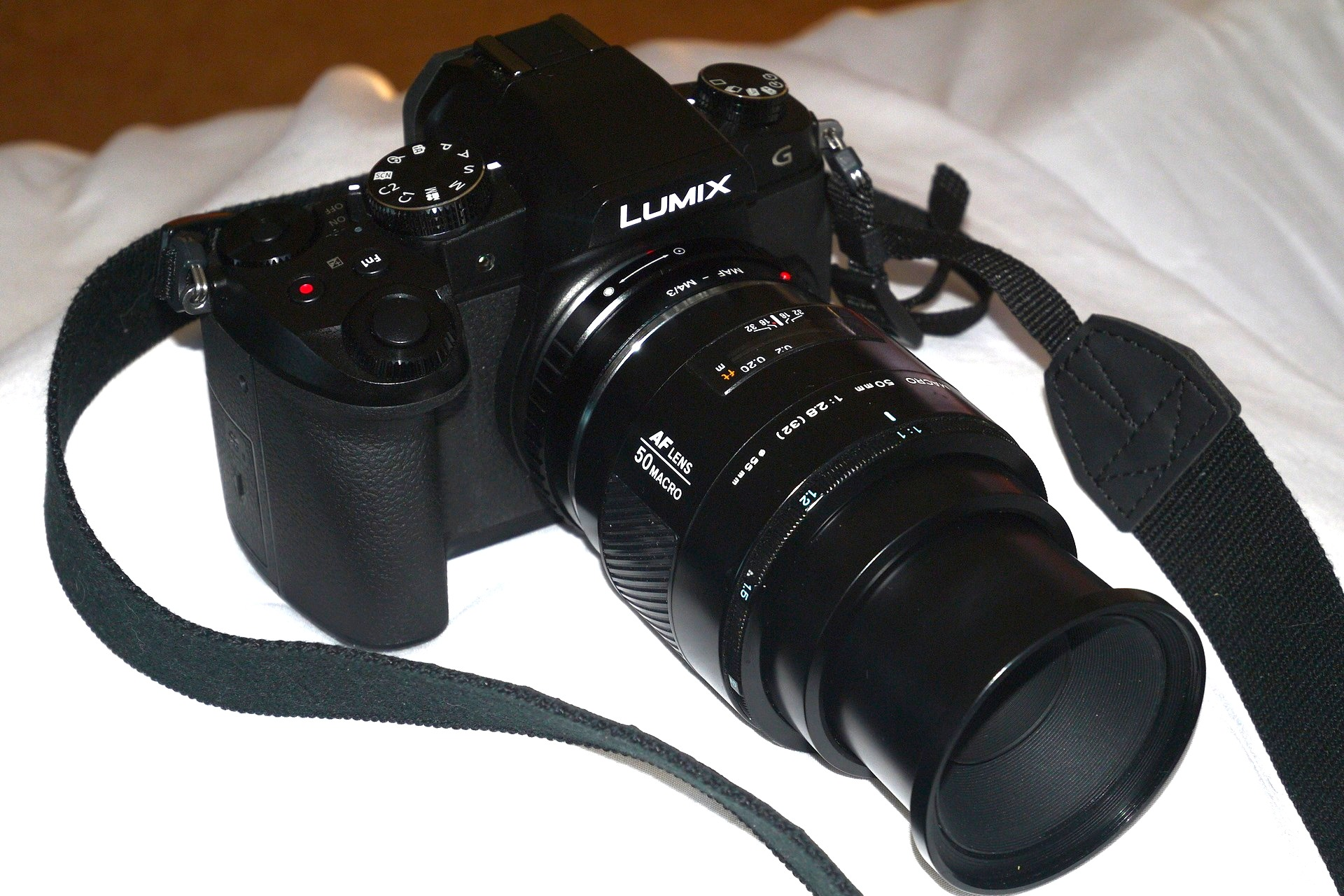 Minolta AF 50mm f2.8 macro